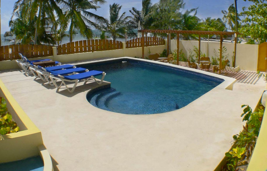 Caye Reef Luxury Apartments